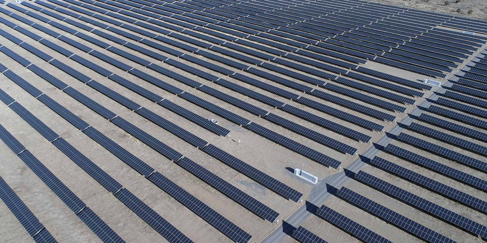 Solar Field Everdrone